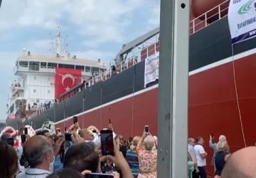 NB2052 ALİ KA kimyasal tanker gemisi bugün düzenlenen tören ile denize indirildi